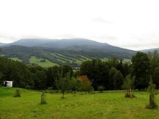 Szlak od Jaskini na Pomezi do Jesenika